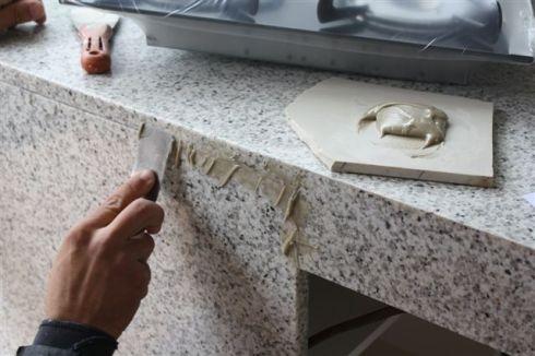 Fa a voc mesmo como instalar bancada pia da cozinha - Como colocar marmol ...