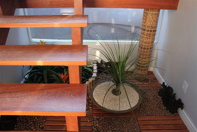 jardim vertical escada: um jardim vertical, mas isso ainda deve demorar um bom tempo